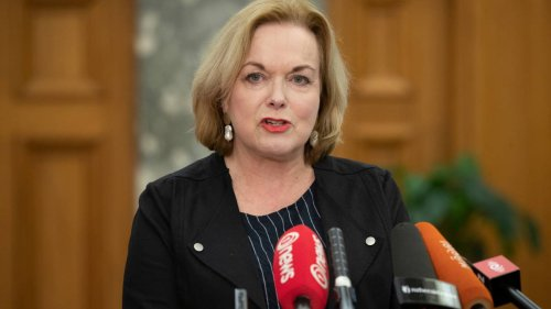 Covid 19 Delta outbreak: Judith Collins calls on Jacinda Ardern to 'front' - 'clearly questions PM does not want to be asked' - NZ Herald