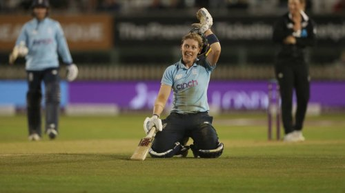 Cricket: White Ferns fall short as England win series in thriller - NZ Herald