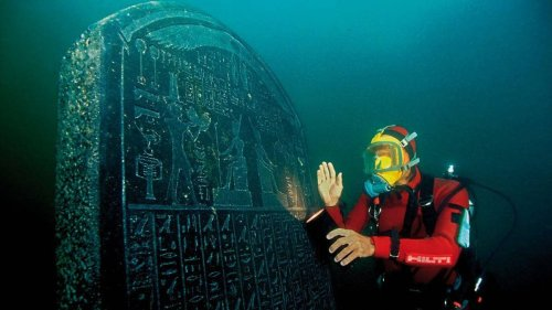 Treasures found in 2200-year-old shipwreck at Egyptian Atlantis - NZ Herald