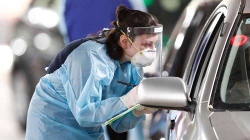 Covid 19 coronavirus: Man tests positive to coronavirus in Victoria after finishing hotel quarantine in SA - NZ Herald
