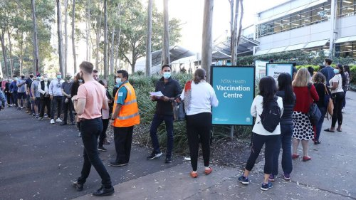 Covid 19 coronavirus: US health expert calls Australia's vaccination rollout too slow as Delta variant hits - NZ Herald