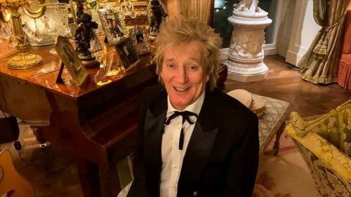 Auckland ratepayers chip in $100,000 to Rod Stewart's singalong at America's Cup - NZ Herald