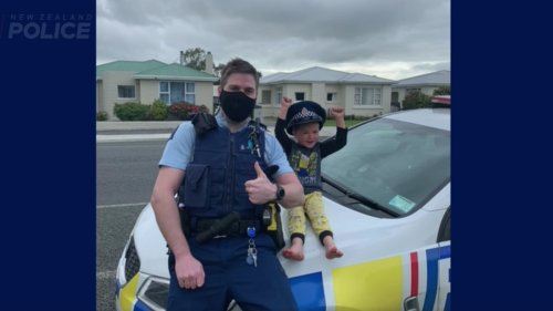 South Island 4-year-old boy calls 111 to invite police to see his toys - NZ Herald