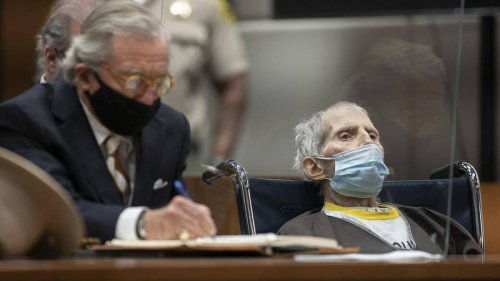 Robert Durst, sentenced to life for murder, has Covid and is on a ventilator - NZ Herald