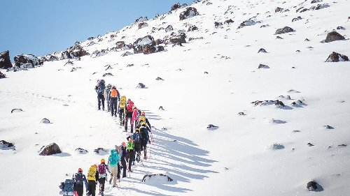 A Fiver For Ed: Tongariro tour operator encourages support for Hillary's Himalayan Trust - NZ Herald