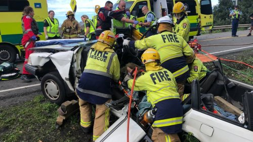 Man critically injured in crash, SH1 north of Auckland closed - NZ Herald