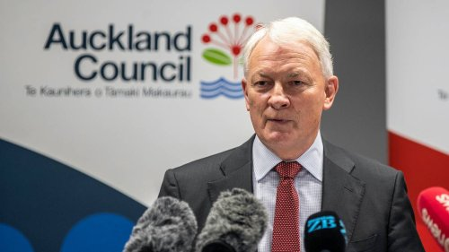 Auckland mayor Phil Goff accused of running 'boys' club' council - NZ Herald