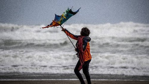 Weather warning: Severe gale and heavy rain warnings as front move across the country - NZ Herald