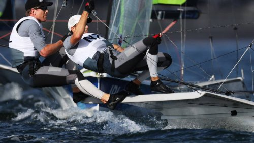 Tokyo Olympics 2020: Games nightmare continues for Kiwi sailors, including struggles for Peter Burling and Blair Tuke - NZ Herald
