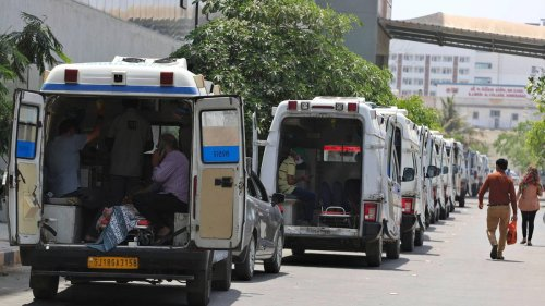 Covid 19 coronavirus: Fire kills 13 patients in hospital in western India - NZ Herald