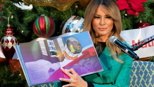 Melania Trump blasted for removing mask to read to sick kids in hospital - NZ Herald
