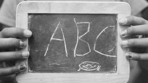 Bernadine Oliver-Kerby: Is the art of handwriting dead? - NZ Herald