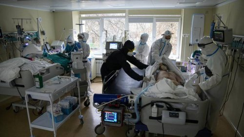 Covid 19 Delta outbreak: As deaths rise, Russian doctors despair at low vaccine rate - NZ Herald