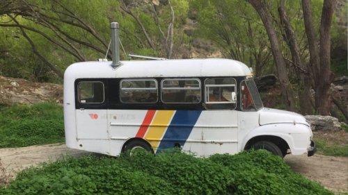 Billy the Bus stolen in cruel heist from Cromwell artist Judy Cockeram - NZ Herald