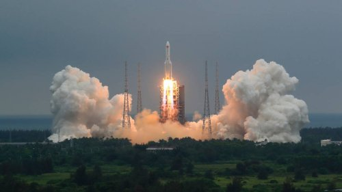 Kiwis react after Chinese rocket misses New Zealand - NZ Herald