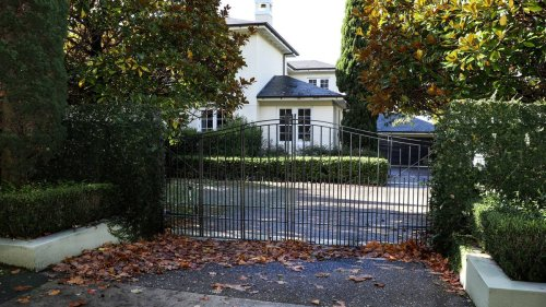 Sir John Key's former Parnell mega mansion sits empty and neglected - NZ Herald