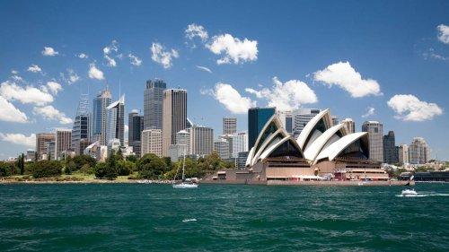 Covid 19 coronavirus transtasman bubble: Poll shows Kiwis eyeing up Australia trip - NZ Herald