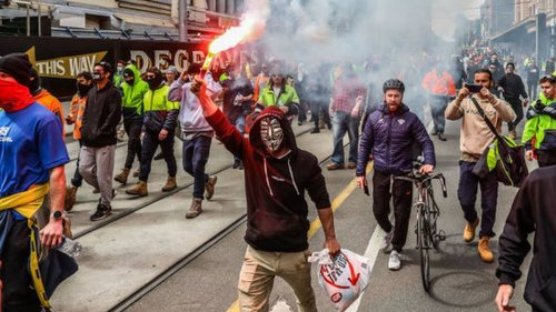 Melbourne, on the cusp of becoming the world's most locked down city, reaches boiling point - NZ Herald