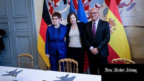 Der Deutsche Bundestag verlangt Aufklärung über Europas grösstes Rüstungsprojekt