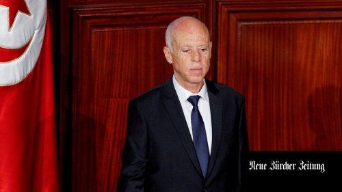 Tunesien wartet noch immer auf den Fahrplan des Präsidenten