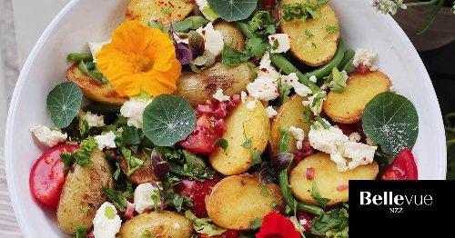 Kartoffelsalat in drei Ausführungen: Diese Rezepte ergänzen jedes Grillbuffet