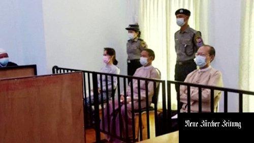 Die stille Botschaft von Aung San Suu Kyi: Wehrt euch weiter gegen die Militärdiktatur!