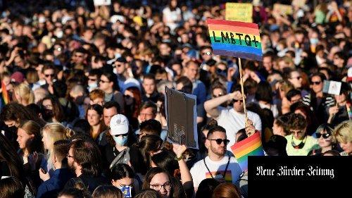 «Lassen Sie unsere Kinder in Ruhe»: Orbans Ungarn geht nach russischem Vorbild gegen «homosexuelle Propaganda» vor