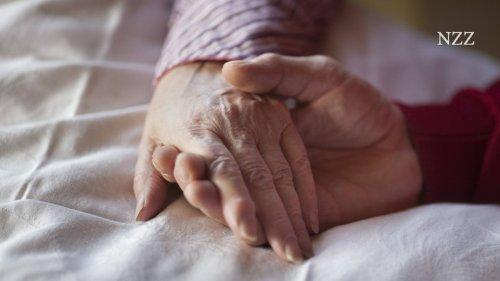 Letzte Tage: Zwei Menschen sterben im selben Hospiz. Er ist 32, sie 86.