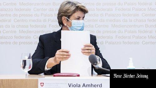 Bundesrätin Viola Amherd will der EU bei der Unionsbürgerrichtlinie entgegenkommen – im Gegenzug verlangt sie eine Schutzklausel