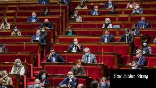 Französisches Parlament verabschiedet Gesetz gegen Islamismus