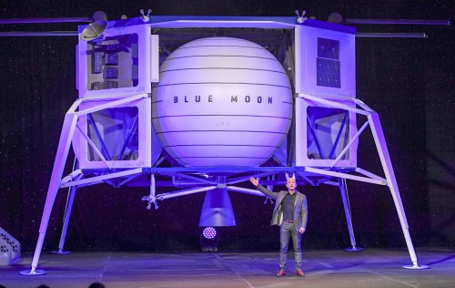 Watch Jeff Bezos' Blue Origin Launch First Space Mission of 2020 for NASA: Video