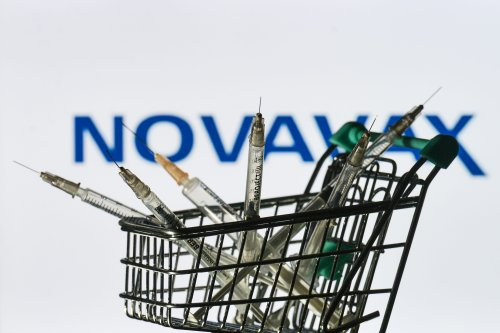 Novavax COVID-19 Vaccine Is 90% Effective, But Authorization Is Complicated