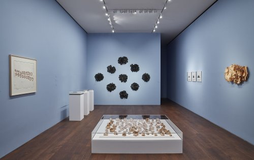 How Hannah Wilke and Eva Hesse Sought to Redefine Sculpture