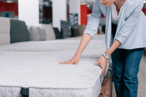 7 Best Hybrid Mattresses of 2021: Reviews & Buying Guide