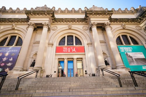 The Met's 'Good Life' Shows Life Was Good, for Some