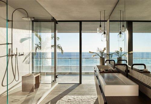 West Meets East Coast in This Minimal, Natural Miami Beach Condo