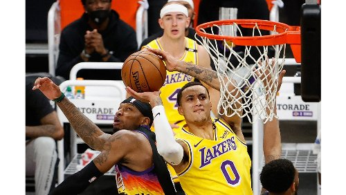 Lakers-Suns live updates: Game 6 of the NBA first-round playoff series