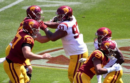 DL Jay Toia commits to UCLA after spending spring with USC
