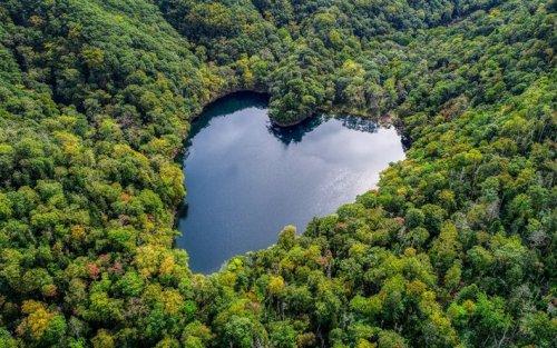 Toyoni – Japan's Naturally Heart-Shaped Lake