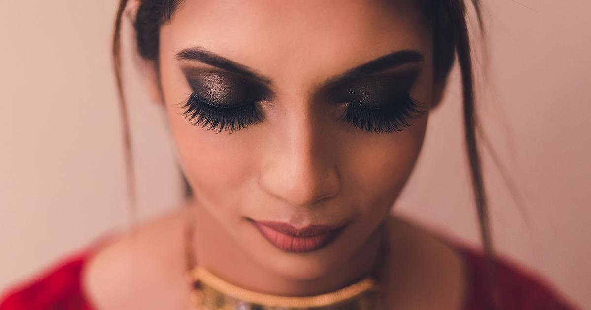 These Magnetic Lashes Will Make Your Eyes Instantly Pop