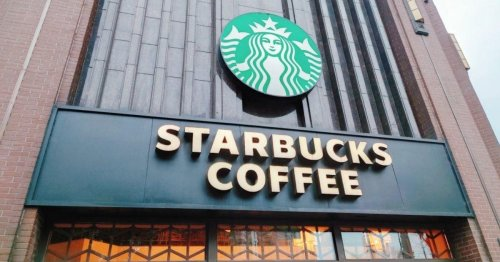These 11 Starbucks hacks will save you lots of money!