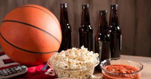 20+ Tournament Food Deals & Freebies for the 2021 Season