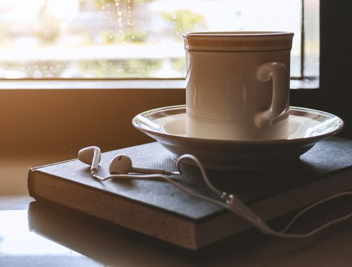 10 Audiobooks to Help You Crush Your Reading Goals