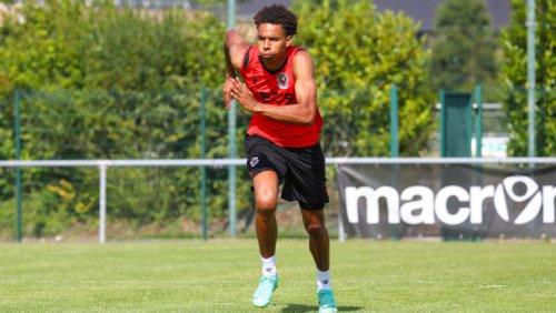 Galtier : « Stengs sera forfait pour le début du championnat »