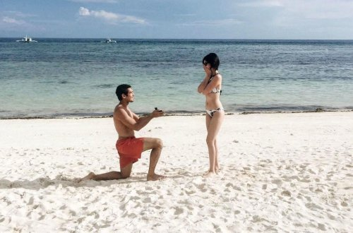12 Romantic Beach Proposal Ideas Are Sure To Make Her Swoon!