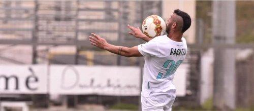 Ragatzu firma il rinnovo contrattuale con l'Olbia Calcio