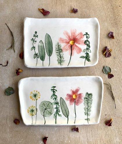 Hessa Al Ajmani y su vajilla de cerámica botánica | Arte