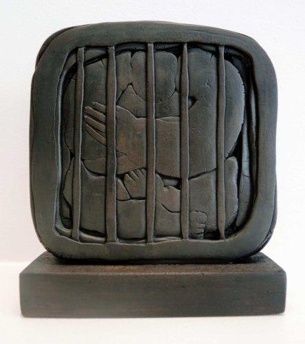 Restricción y confinamiento en las esculturas de Khaled Dawwa | Escultura
