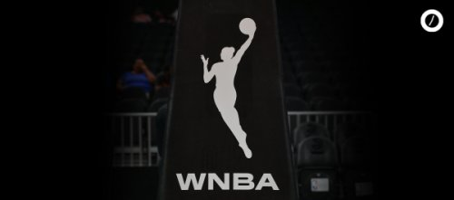 Who Was The First Woman to Dunk in an Official WNBA Game? // ONE37pm