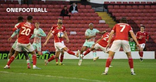  Ayew strike sees Swansea edge Barnsley; Advantage Bournemouth